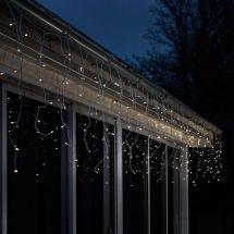 LED Eisregen-Lichterkette  mit 8 Leucht- und Blinkfunktionen