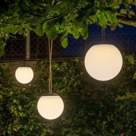 Lampe-boule solaire à LED «Motion»